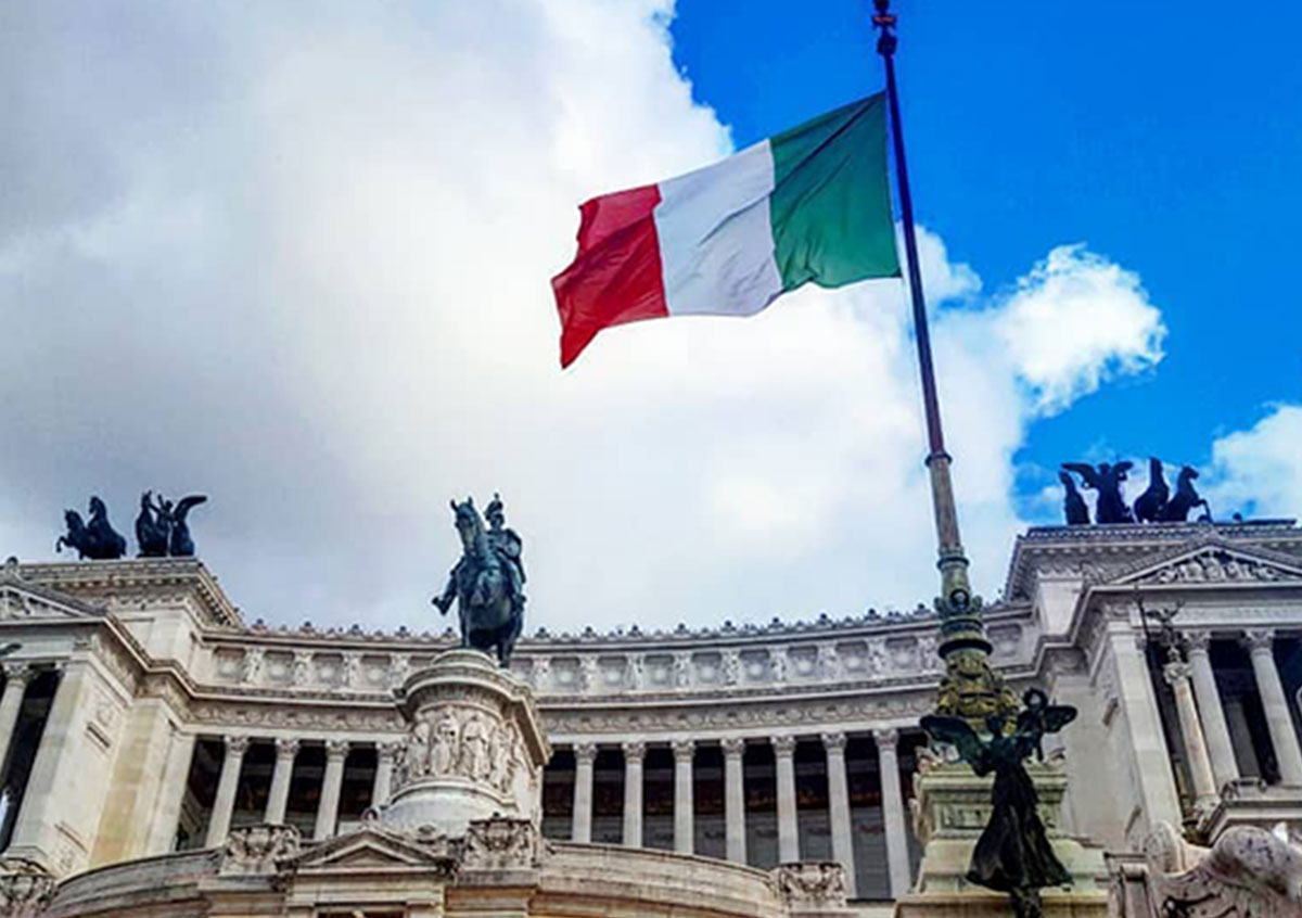 Bandiera Italiana in piazza